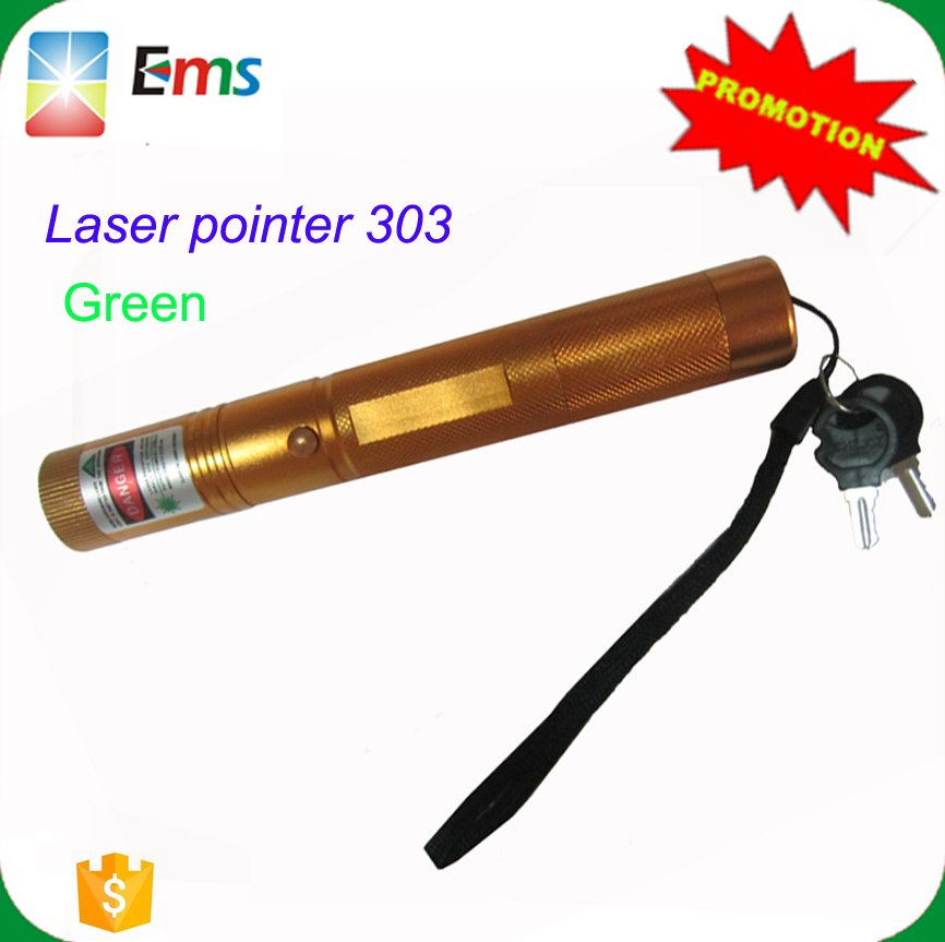 Hot Promotion sd laser 303 green laser pointer twinking star burning match with safty key rechargeable battery