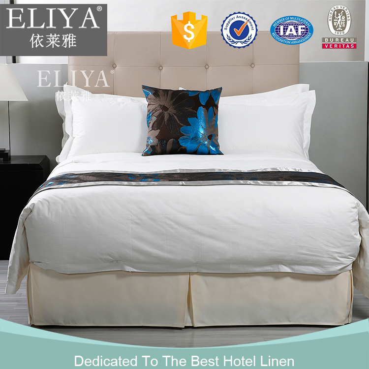 China manufacter plain luxury black and white hotel bedding products,hotel comforts of home bedding collection
