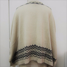 Fall winter ladies fashion knitted poncho with buttons & pockets