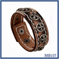 New Fashion handmade Multistring bracelet ideas Latest trendy saudi 22k gold jewelry leather bracelets and star charms