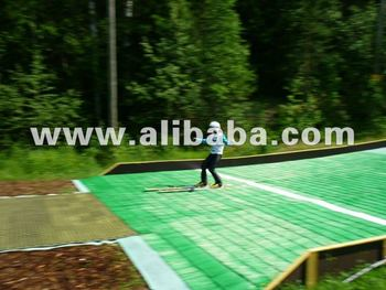 Skitrax - artificial / synthetic snow surface - Ski jumping hill outrun area