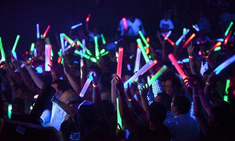 2018 Concert Favor Popular Remote Control Led Foam Stick