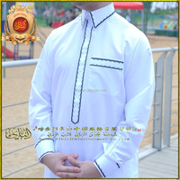 2015 new style islamic clothing muslim men thobe qatar/saudi style hot sale with embroidery rob