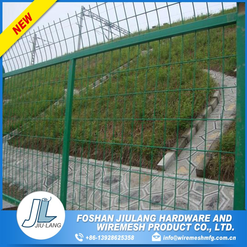 green pvc coated galvanized wire mesh fence panel