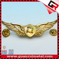 Top quality Classic gold wing pin