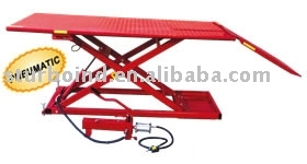 motorcycle lift, hydraulic and pneumatic, CE approved
