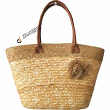 wheat straw handlebags with lovely decorations