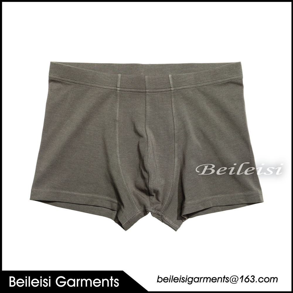 Simple style solid color boxer underwear for men