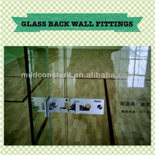 Glass back wall fittings with squash court