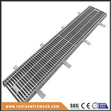 Water trench gutter cover grating drain