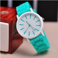 Hot sale teenage watch with jelly strap silicone watch