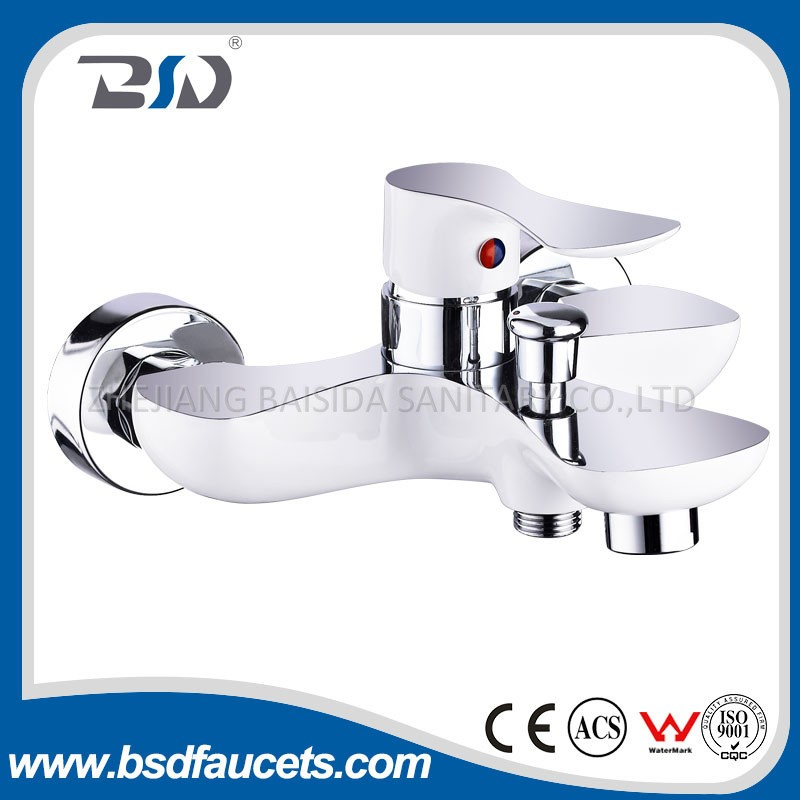 Chrome&White Painted Single Handle Luxury Wall Mounted Bath Shower Mixer Faucet
