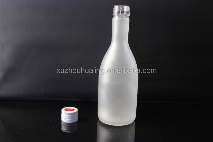 300ml frosted empty glass bottle for sake wine with screw metal lid