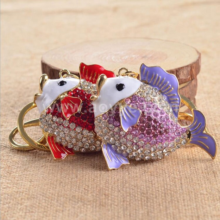 Wholesale fashion new design colorful alloy crystal fish key chain