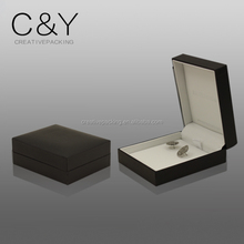 Plastic jewelry packaging box