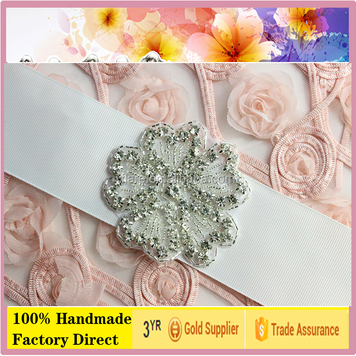 Rhinestone Hot Fix <strong>Iron</strong> On Applique Small silver beads crystal transfer Leaf style for wedding garter girls party dresses