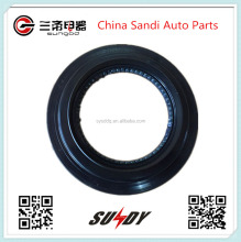 High quality Shaft Oil Seal Q1-2402S106-059 for Shiyan Dongfeng Jinlong gold dragon r bus