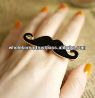 Ring / Unique ring / Mustache ring / Accessories