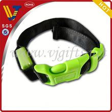 2014 Hot sales red color style glowing led dog safe collar