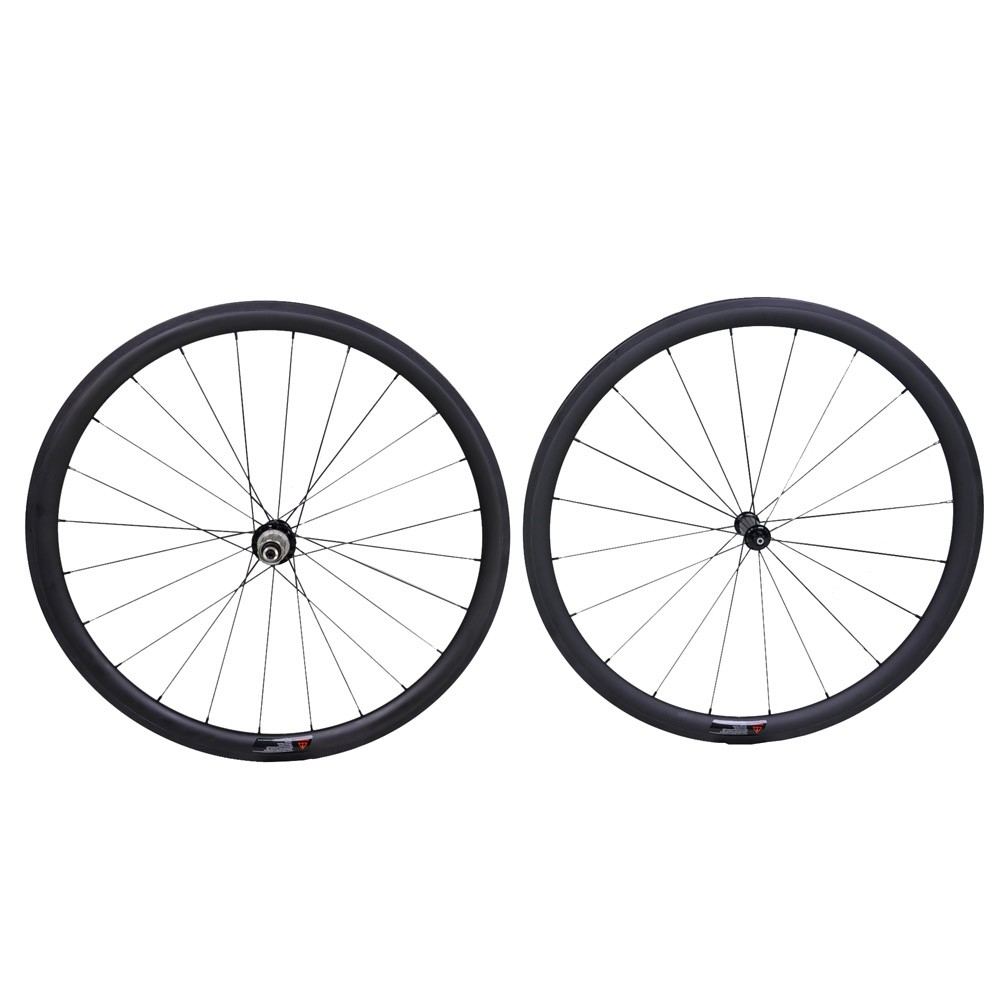Fast Delivery High End Chinese 700C Clincher Carbon Wheels