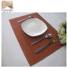 reasonable price pvc woven types of table covers
