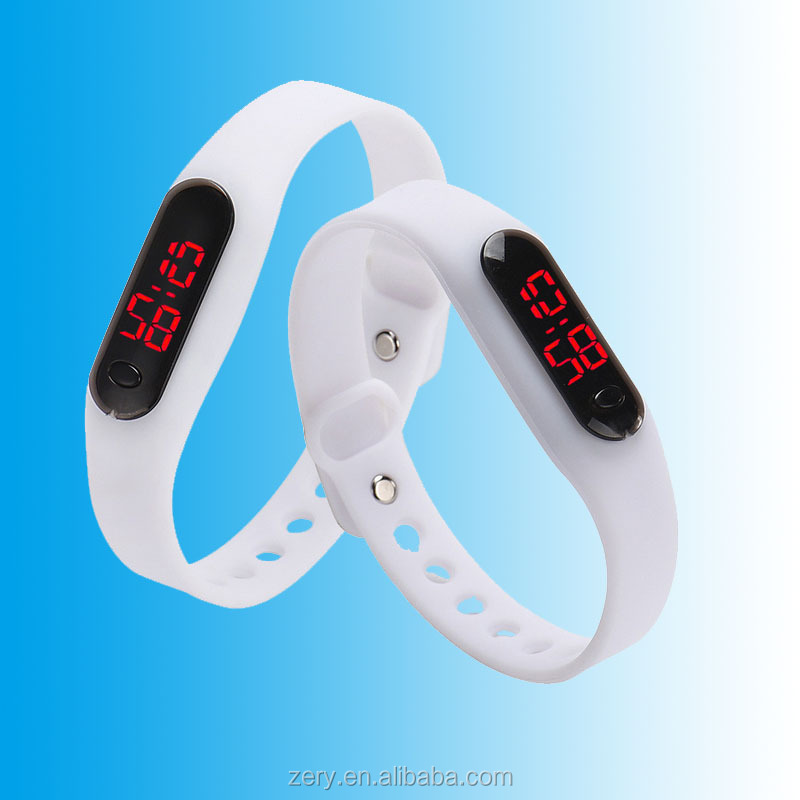 R0805 2016 Free sample customer's logo silicone led watch sport watch
