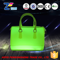 HFR-YB-1181New summer beach PVC material LED usb cooler bag