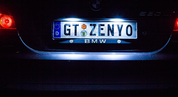 E63/E64 led license plate lamp ZENYO Latest manufacturer offers LD-16Z