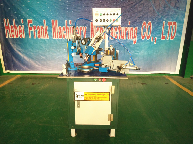 Vacuum Automatic Rubber Oil Seal/Cup Trimming Machine