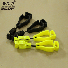 Custom China Manufacturer AT-1 SCQP Plastic Safety Work Glove Clip Keeper