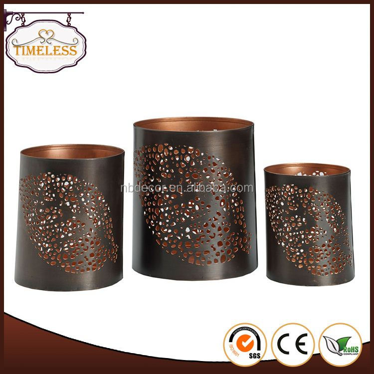 Professional mould design factory supply metal reindeer candle holder