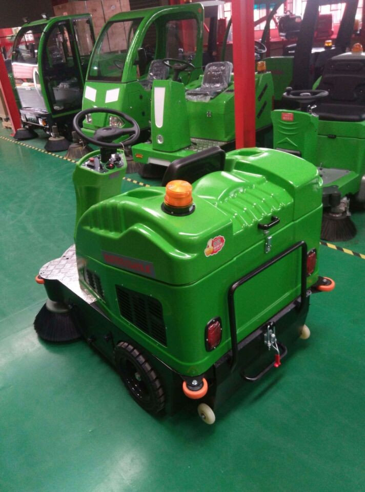 Automatic sweeper Machine on sale