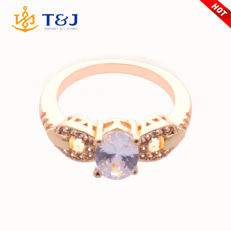 2016 Hot High Quality Wholesale Gold Plated Crystal Paved Fashion Jewelry Wedding Ring For Women
