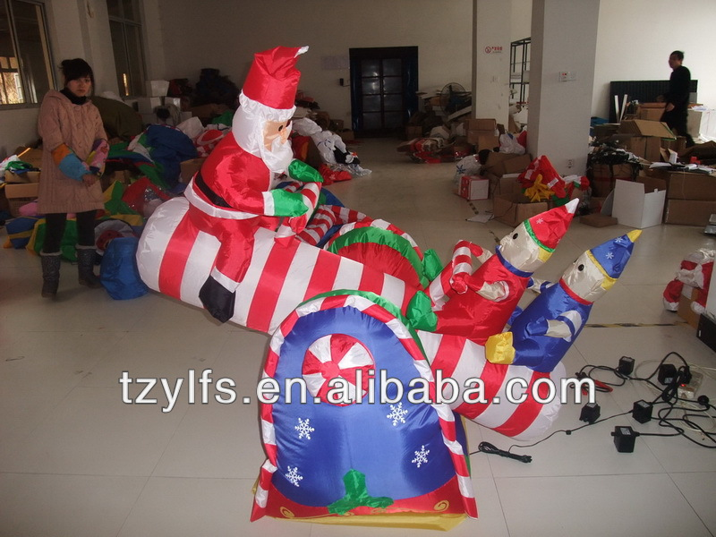 Inflatable Santa Claus and snowman playing seesaw/air blown Santa and reindeer/Christmas decoration