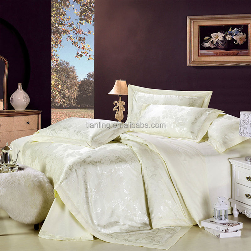 Super Comfort Cheap Price Cotton/Polyester Fabric Bedding Set