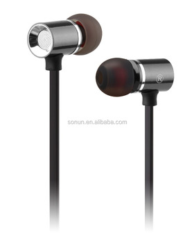 well design 3.5mm jack wired earphone for Christmas gift
