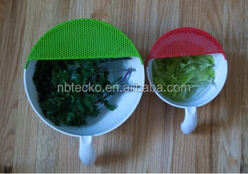 New arrival plastic kitchen bowl with strainer eco-friendly soak and strain washing bowl
