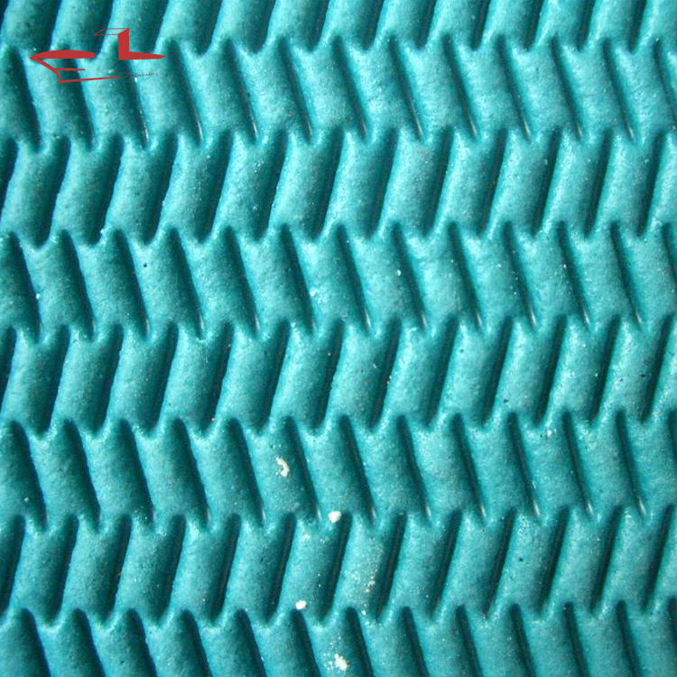 Fake grass mesh floor underlay