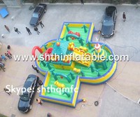 customize giant inflatable playgrounds