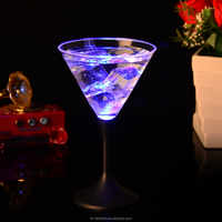 Economic hot sell beads food grade plastic led flashing champagne martini cup