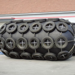 D3.3m x L6.5m Yokoahama Type Floating pneumatic rubber fenders