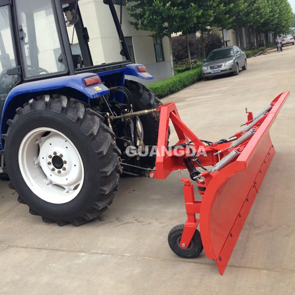 Rear 3 point tractor snow blade