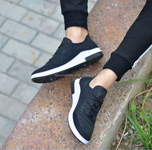 2018 New Spring And Autumn fashion Breathable lightweight running shoes menmen shoe
