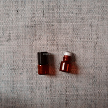 1ml 15x22mm Amber Roll On Essentical Oil Bottle With Metal Roller And Plastic Cap
