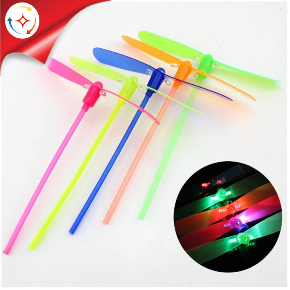 Shantou Factory Cheap Price Plastic Flying Dragonfly Classic Toy Light up Bamboo Dragonfly