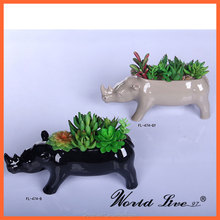 NHTC1101-B Wholesale Animal Shaped Ceramic Vase for Modern Home Decor