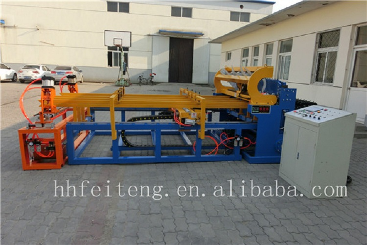 Hot sale layer battery chicken cage mesh machine low price