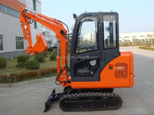 Japan Engine 15.5KW 0.06cbm Bucket Mini Digger Rubber Track For Sale NT18