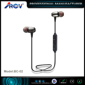 2017 New style magnetic design wireless handsfree sport earphone with stereo sound