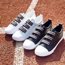 Wholesale High Quality Fashion Cool Casual Canvas Flat Shoes White Black